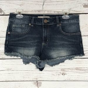 No Boundaries Jean Shorts Frayed Stretch Faded
